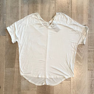 White V-Neck High Low Tee Size Small